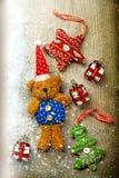 Bożenarodzeniowe dekoracje, niedźwiedź i wystrój, Obraz Stock