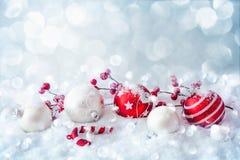 Bożenarodzeniowe dekoracje z piłkami Fotografia Royalty Free