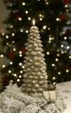 Bożenarodzeniowej świeczki płomienia Drzewny złoto Obraz Royalty Free