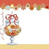 Bożenarodzeniowi ciastka w szklanej wazie Zdjęcia Royalty Free