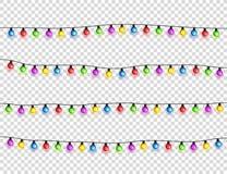 Bożenarodzeniowi jarzy się światła Girlandy z barwionymi żarówkami Xmas wakacje Bożenarodzeniowy kartka z pozdrowieniami projekta fotografia royalty free