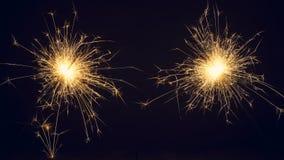 Bożenarodzeniowi sparklers na ciemnym tle Kopia przestrzeń zdjęcia royalty free