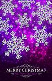 Bożenarodzeniowi sztandaru srebra płatki śniegu na purpurowym tle Obraz Stock