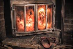 Bożenarodzeniowi wygodni kapcie ciepłą wygodną grabą Zima i boże narodzenie wakacji pojęcie Fotografia Royalty Free