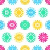 Bożenarodzeniowy bezszwowy wektoru wzór od kolorowych płatków śniegu Obrazy Stock