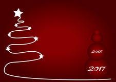 Bożenarodzeniowy czerwony tło z białego bożego narodzenia drzewem 2017 i czerwień bałwanem Zdjęcia Stock