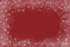 Bożenarodzeniowy czerwony tło z zamarzniętym wzorem i błyszczącymi gwiazdami Opróżnia przestrzeń dla teksta Fotografia Stock
