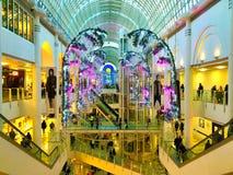 Bożenarodzeniowy dekoraci centrum handlowe Obraz Royalty Free