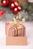 Bożenarodzeniowy giftbox obraz royalty free