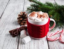 Bożenarodzeniowy kakao z marshmallow zdjęcia royalty free