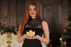 Bożenarodzeniowy kobieta portret z aniołem Zdjęcia Royalty Free