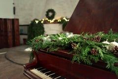 Bożenarodzeniowy pianino Zdjęcie Royalty Free