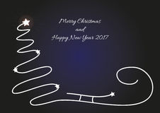 Bożenarodzeniowy tło z sylwetką i błyszczącymi gwiazdami prostą drzewa, Santa sania, Oryginalna kartka bożonarodzeniowa z życzyć  Obrazy Royalty Free