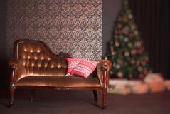 Bożenarodzeniowy wnętrze z poduszkami Fotografia Royalty Free