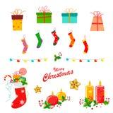 Bożenarodzeniowy wystrój ustawiający z skarpetami, lampionami, prezentami, świeczkami, holly liśćmi i ciastkami, royalty ilustracja