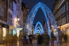 Bożonarodzeniowe światła na Południowej Molton ulicie w Mayfair, Londyn Zdjęcia Stock
