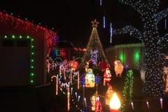 Bożonarodzeniowe Światła przy noc strzału zbliżeniem obrazy royalty free
