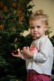 bożych narodzeń dziewczyny drzewo obraz royalty free