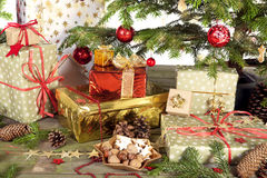 bożych narodzeń prezentów ilustracyjny drzewa wektor Fotografia Royalty Free