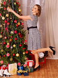 boże narodzenia target839_1_ drzewnej kobiety Fotografia Stock