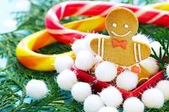 Boże Narodzenia, tradycyjny imbirowy miodownik Zdjęcia Royalty Free