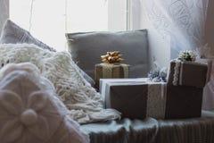 boże narodzenie prezentów white izolacji Zdjęcie Royalty Free