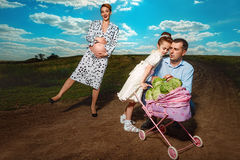 Bo en lycklig havandeskap Arkivbild