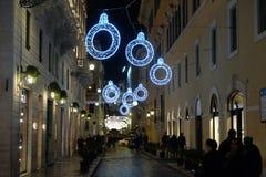 Bożenarodzeniowa iluminacja na ulicie w Rzym Obraz Royalty Free