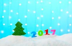 Bożenarodzeniowy dekoraci drzewo 2017 i postacie Obraz Stock
