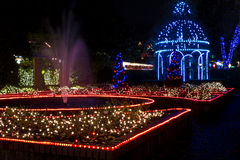 Bożenarodzeniowy Gazebo i fontanna Zdjęcie Royalty Free
