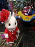 Bożenarodzeniowy królik w zabawka sklepie Zdjęcia Royalty Free