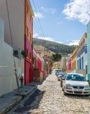 BO-Kaap in Cape Town is gekend voor zijn helder geschilderd huis Stock Foto