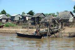 Bo längs den Mekong deltan Arkivbilder