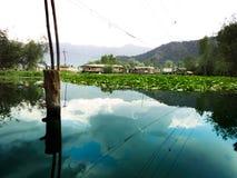Bo på husbåtar Dal Lake Royaltyfria Foton