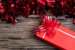 Bo?te-cadeau rouge image stock