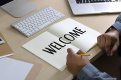 Boa vinda aberta do negócio BEM-VINDO de uma comunicação do conceito à equipe Fotografia de Stock Royalty Free