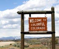 Boa vinda ao sinal da borda da estrada de Colorado fotos de stock