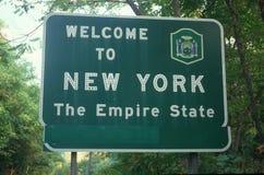 Boa vinda ao sinal de New York imagem de stock