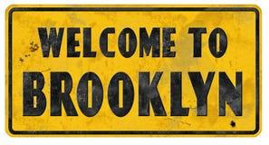 Boa vinda do Grunge do sinal de rua de Brooklyn imagens de stock