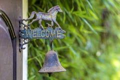 Boa vinda do sinal do metal Imagem de Stock Royalty Free