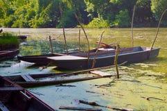 Boas de madeira velhas da pesca imagens de stock royalty free