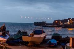 Boas Festas - inscripción en la orilla de la isla de Madeira Fotografía de archivo libre de regalías