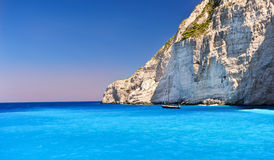 Boat anchored on Navagio beach Royalty Free Stock Photos