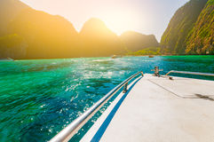 Boat approach Maya bay a beautiful sandy beach with crytal clear Stock Photography