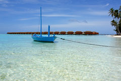 Boat at the beach on maldives Royalty Free Stock Photo
