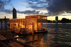 Boat dinner tour at twilight in Bangkok Stock Photos