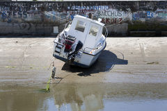 Boat falling dry at low tide in Noirmoutier Royalty Free Stock Photography