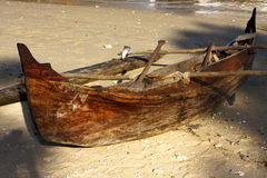 Boat oar   and coastline Royalty Free Stock Photo