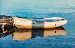 Boat on the oceanic coast Royalty Free Stock Photography