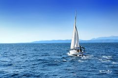 Free Boat On Sea Royalty Free Stock Images - 7552379
